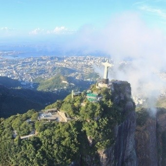 Полеты на вертолете над Рио