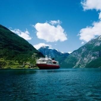 «Хуртигрутен» —  круиз по норвежским фьордам
