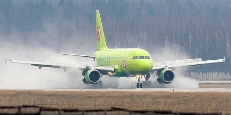 В Домодедово аварийно сел Airbus А319, летевший из Перми