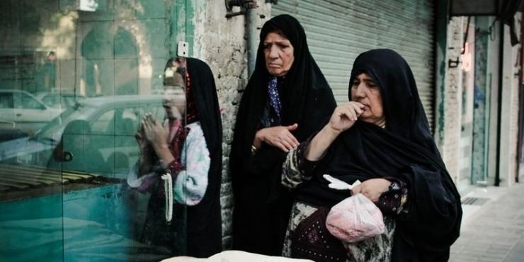 Заветная Персия: медведица в чадре, иранские огнепоклонники и первая феминистка
