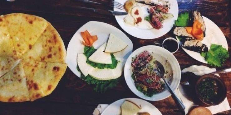 5 вегетарианских блюд, которые стоит попробовать в Грузии