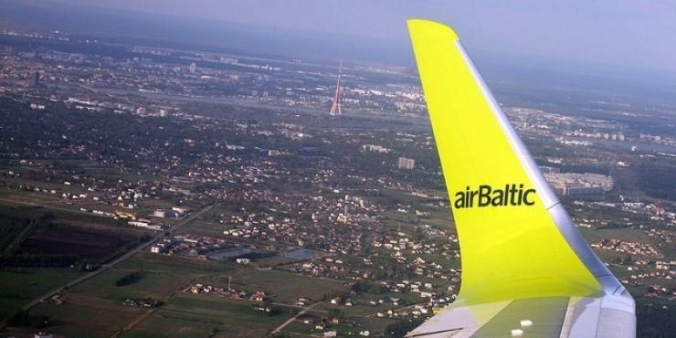 Airbaltic ввел низкие тарифы на перелеты из Риги