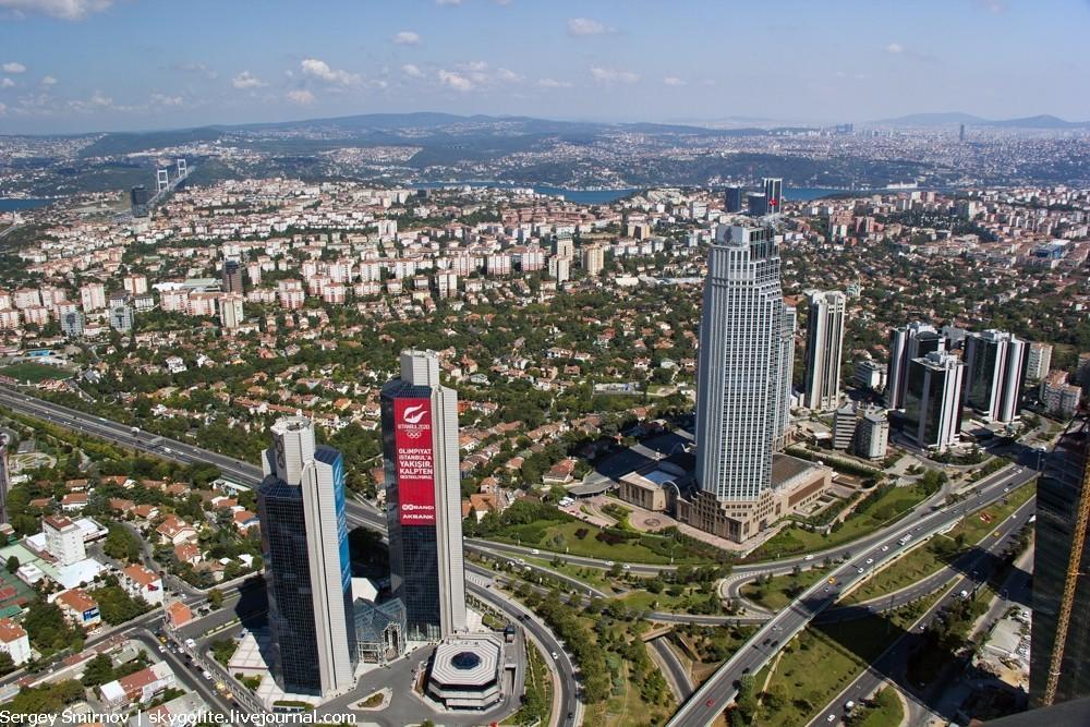 С крыши небоскреба Istanbul Sapphire