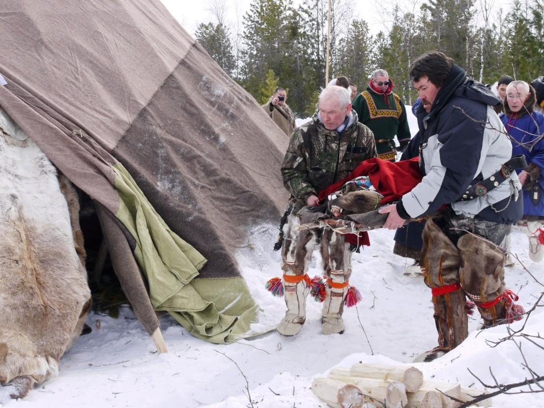 Медвежьи игрища у народов Западной Сибири. 30.04