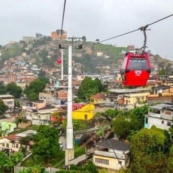 Достопримечательность будущего - канатная дорога над фавелами в Рио-де-Жанейро