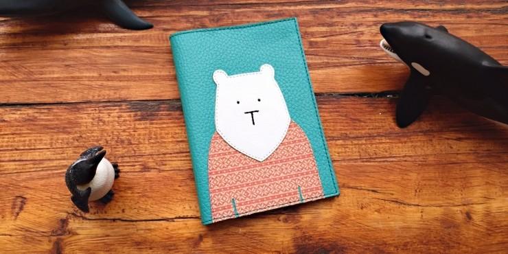 Обложка для паспорта Mishka.Travel