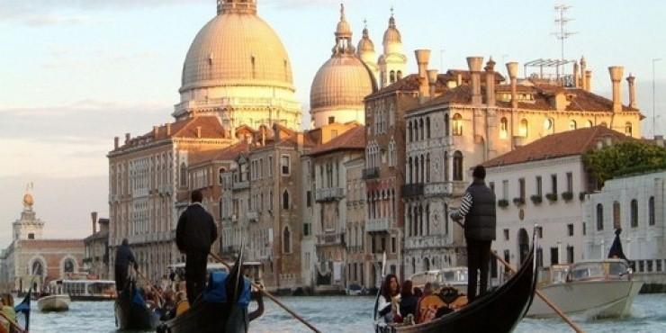 Венеция собирается взимать въездную пошлину с туристов