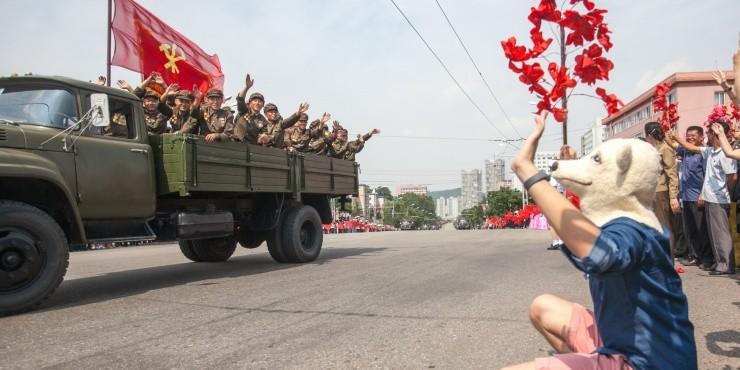 путешествие в самую закрытую страну в мире. Участие в параде в День Независимости КНДР