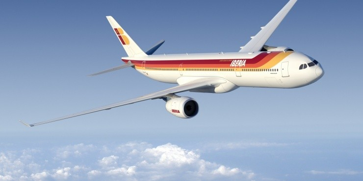 С авиакомпанией Iberia на Ибицу туда-обратно от 13 500 рублей