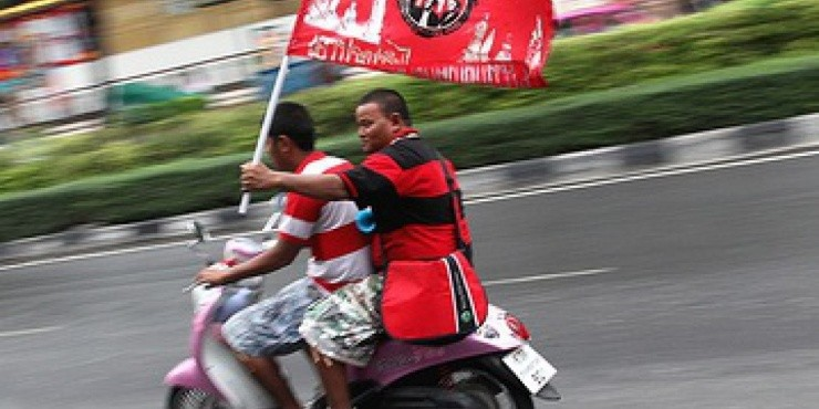 Красные рубашки взорвали цены на туры в Таиланд