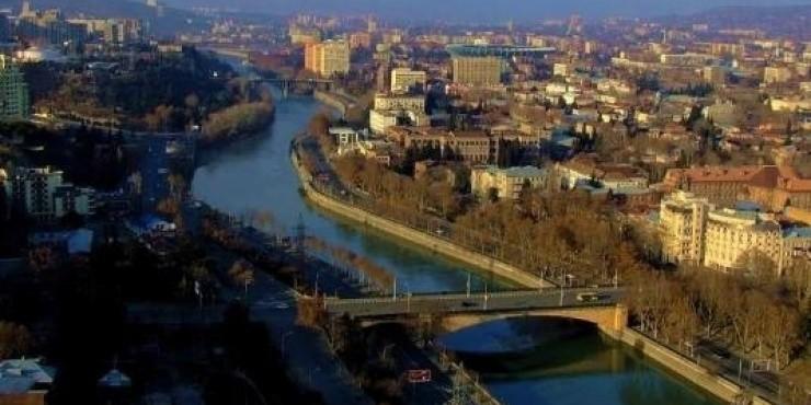 Распродажа AirBaltic в Барселону и Тбилиси