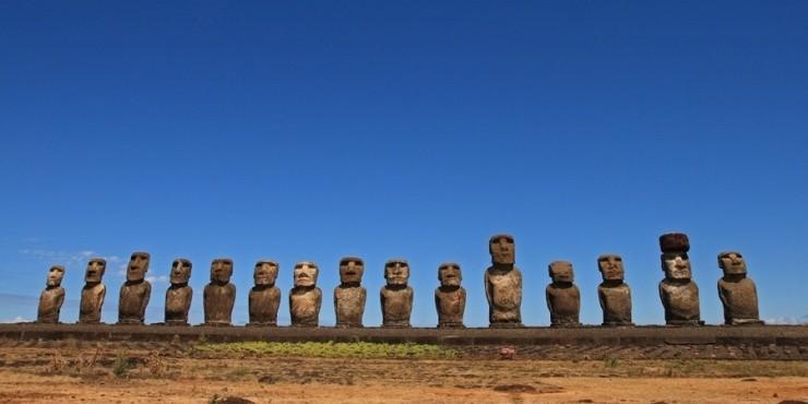 Остров Пасхи: манящая история одиночества.